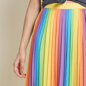 Modcloth Skirts - Modcloth Beautifully Upbeat Pleated Midi Skirt S